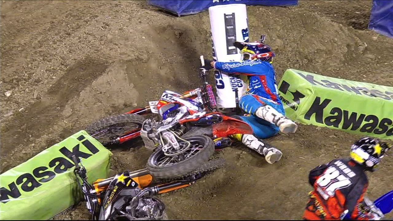 tombos no AMA Supercross 2014