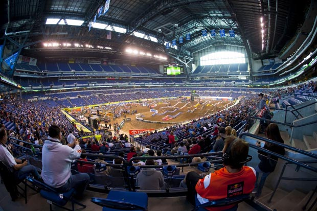 50461_Track_SX_Indy_03_1024