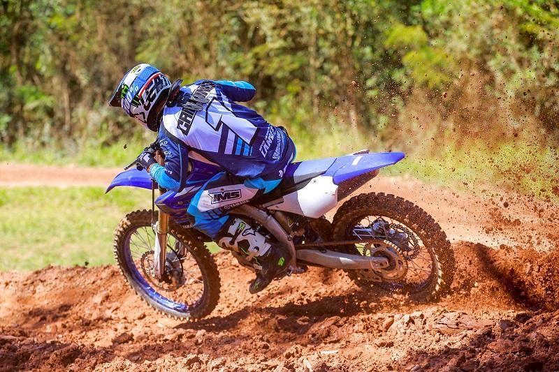 Calendario Ama Motocross 2020.Yamaha Apresenta Motos De Motocross 2020 Para Mercado